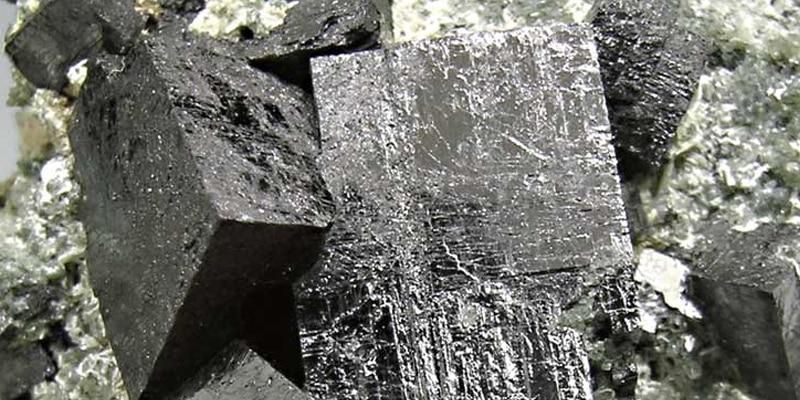 """Este material """"perovskita"""" que se encuentra en lo profundo de la Tierra podría ser la clave de las comunicaciones y la computación de ultra-alta velocidad."""